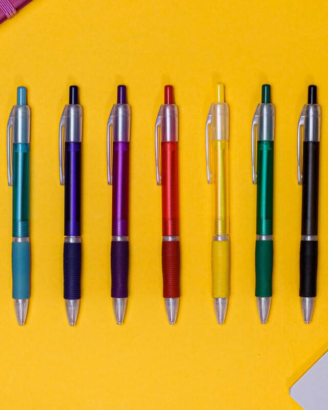 Plastic Pens header